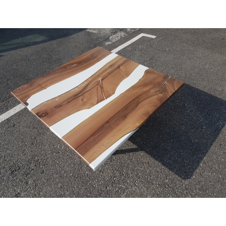 Table basse époxy /rivertable